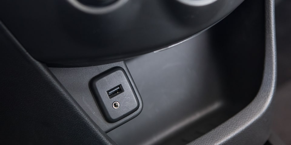 Sistema de audio con entrada para USB, Aux In y conexión Bluetooth de Chevrolet Beat Notchback 2020, sedán